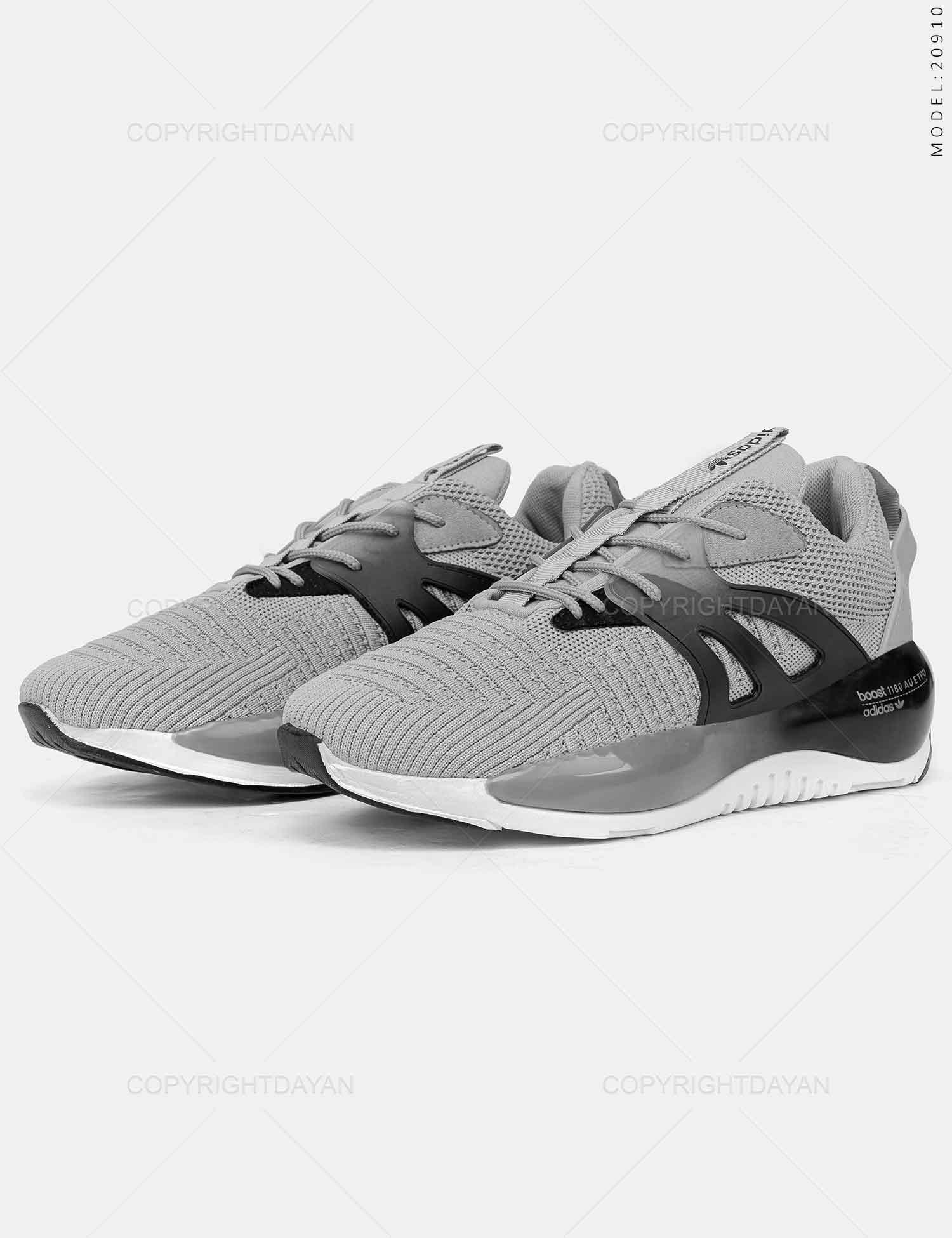 کفش ورزشی مردانه Adidas مدل 20910 کفش ورزشی مردانه Adidas مدل 20910 359,000 تومان