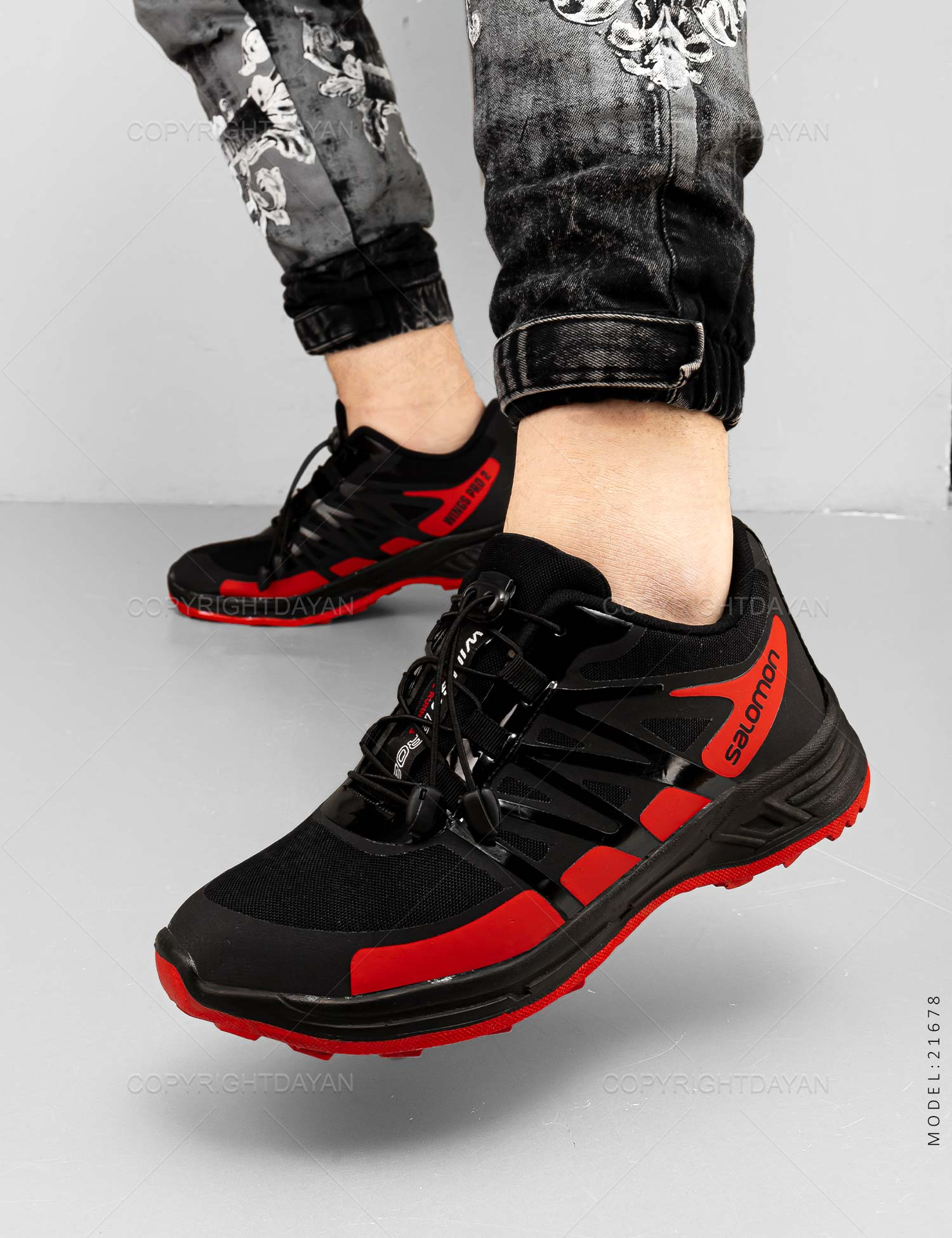 کفش ورزشی مردانه Salomon مدل 21678 کفش ورزشی مردانه Salomon مدل 21678 259,000 تومان